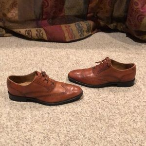 Cole Haan Tan wing tip Leather lace up shoes 8.5